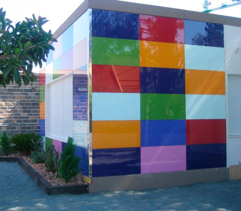 vidriocolor-panel-moukglass-revestimiento-fachada